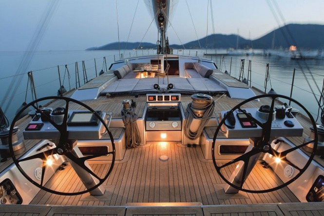 Sailing yacht XNOI - Deck with sunpads and alfresco dining in cockpit