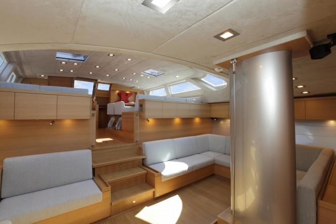 Sailing yacht XNOI - Lower salon