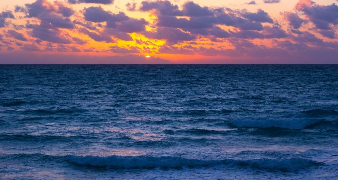 blue ocean clouds scenic - photo #13