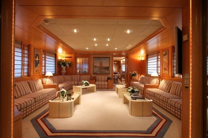 Superyacht BELLA STELLA - Main salon