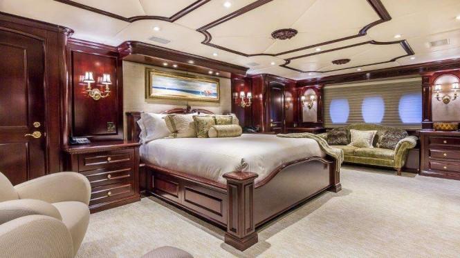Superyacht CLAIRE - Master suite