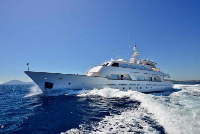 Superyacht COMMITMENT - Built by Carp Navi