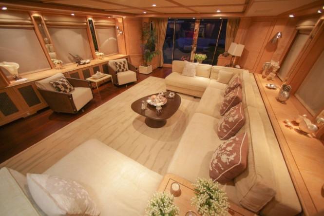Superyacht QUEST R - Main salon