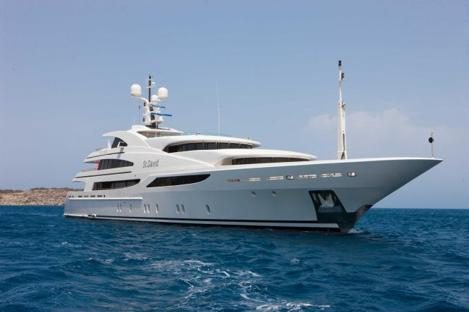 Benetti superyacht ST DAVID - Now available for charter in the South of France