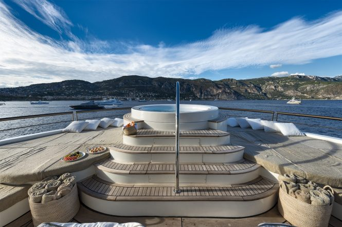 Don't miss a second of the action from the sundeck Jacuzzi aboard superyacht CHAKRA