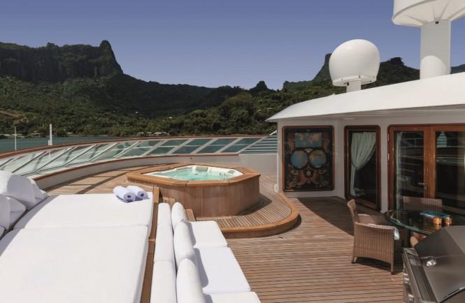 Forward upper deck aboard motor yacht GRAND OCEAN