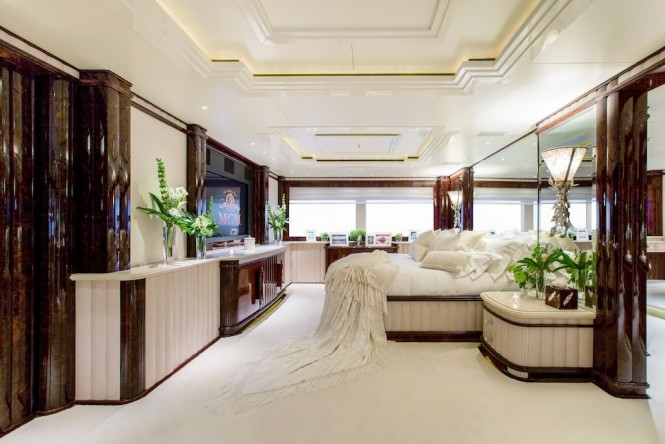 Luxury yacht LIONESS V - Master Suite