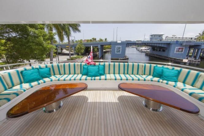 Motor yacht RELENTLESS - Upper deck aft