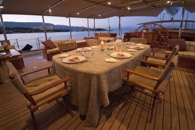 Sailing yacht ATHOS - Alfresco dining