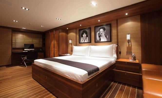 Sailing yacht STATE OF GRACE - Master suite