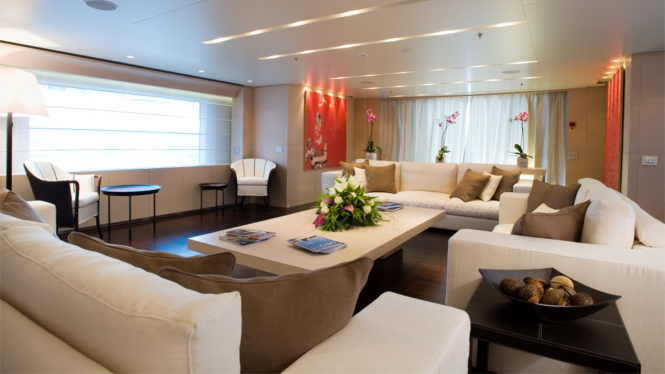 Superyacht BURKUT - Main salon