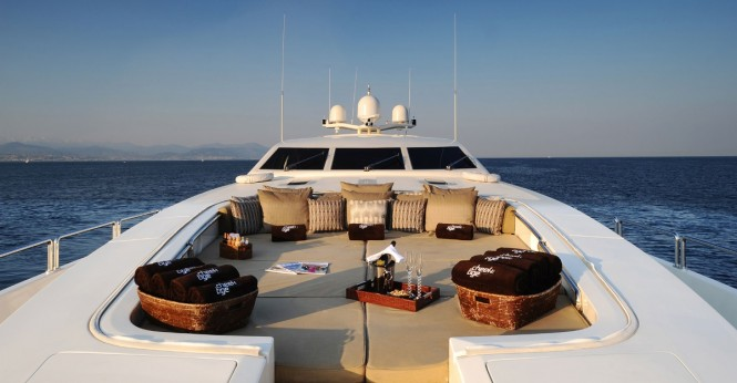 Superyacht CHEEKY TIGER - Bow sunpads