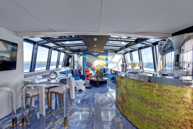 Superyacht HIGHLANDER - Skylounge