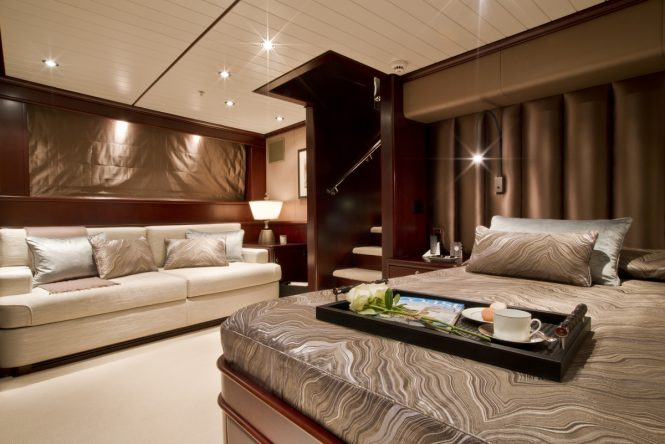 Superyacht KOI - Master suite