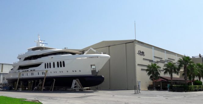 Superyacht LIQUID SKY (ex. PROJECT MIRACLE) - Built by CMB Yachts