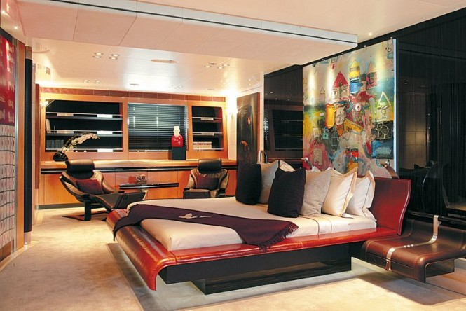 Superyacht MALTESE FALCON - Master suite
