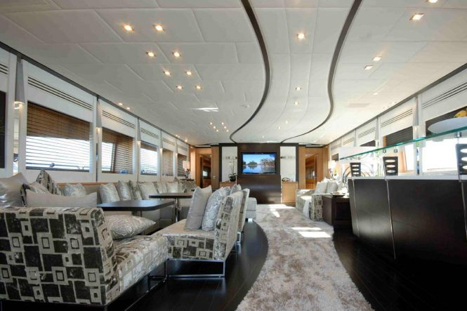 Superyacht PURE ONE - Saloon