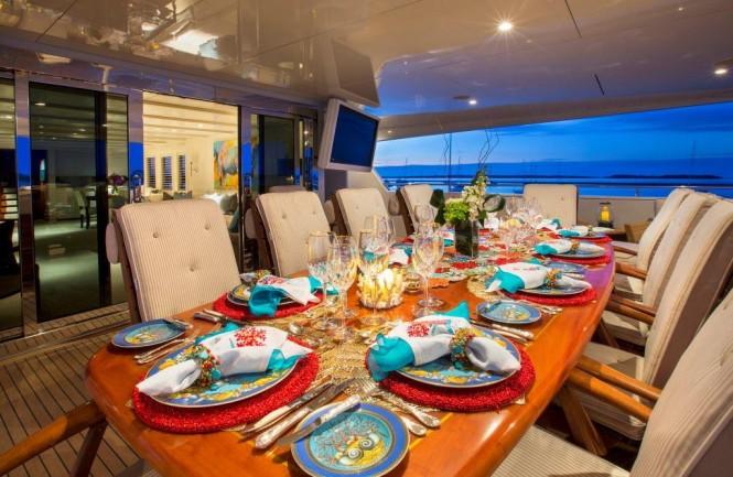 Superyacht RHINO - Alfresco dining on the upper deck