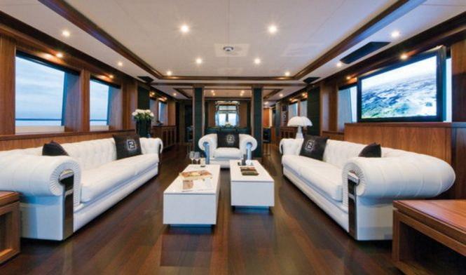 The salon and formal dining area aboard open yacht BLACK AND WHITE