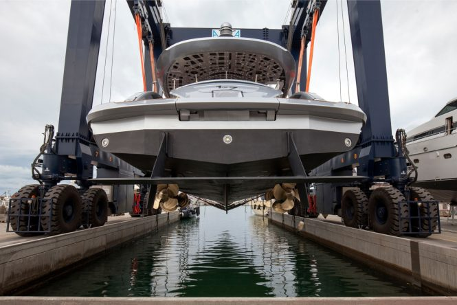 Aft view of Dynamiq Yachts and Studio F.A. Porsche collaboration, superyacht GTT 115