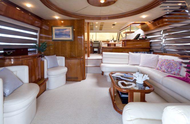 Luxury yacht MELI - Salon