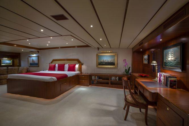 Luxury yacht NORTHERN SUN - Master suite