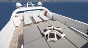 Luxury yacht TOBY - Flybridge sunpads