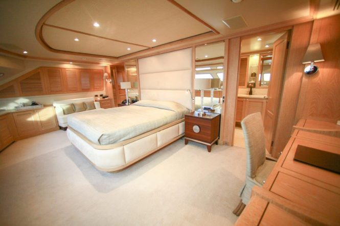 Master suite aboard superyacht QUEST R