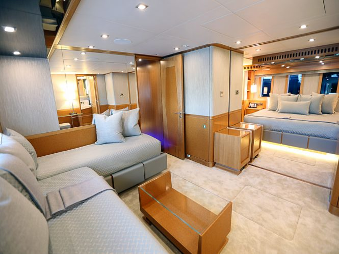 Motor yacht SERENITY - Guest cabin with convertible lounge