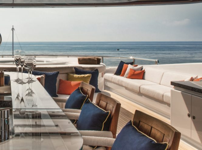 Sundeck aflresco dining aboard luxury yacht CLOUD 9