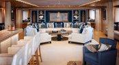 Superyacht CLOUD 9 - Main salon lounge and bar