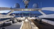 Superyacht DESTINY - Sundeck lounge, alfresco dining and Jacuzzi