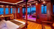Superyacht DUNIA BARU - Master suite