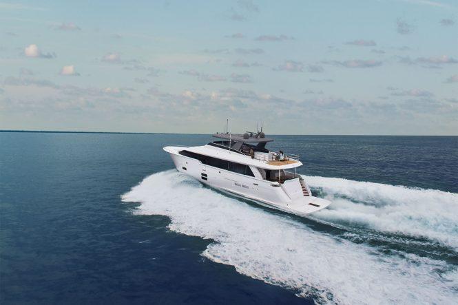 Superyacht M90 PANACERA from Hatteras