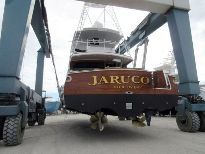Aft view of sportfish yacht JARUCO