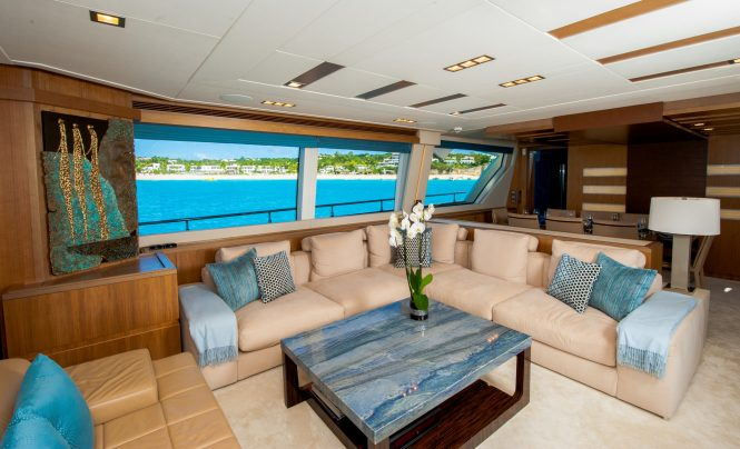 Luxury yacht AMORE MIO - Salon