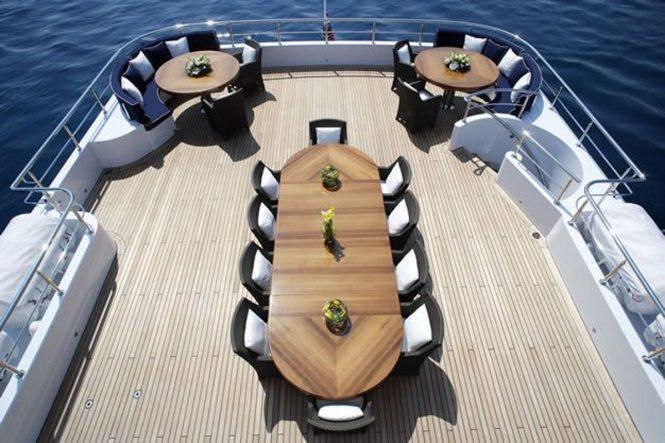 Luxury yacht SEQUEL P - Alfresco dining on the sundeck