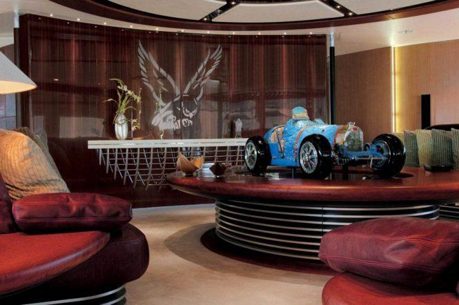 S/Y MALTESE FALCON - Lounge