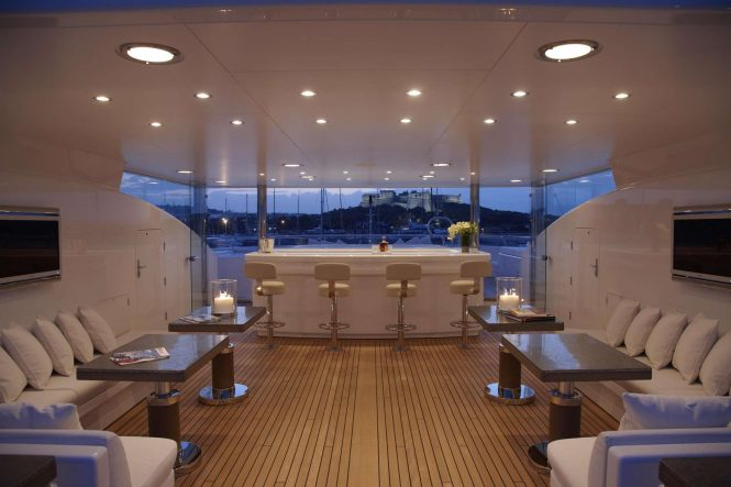 Sundeck bar aboard motor yacht HURRICANE RUN. Photo credit: Feadship