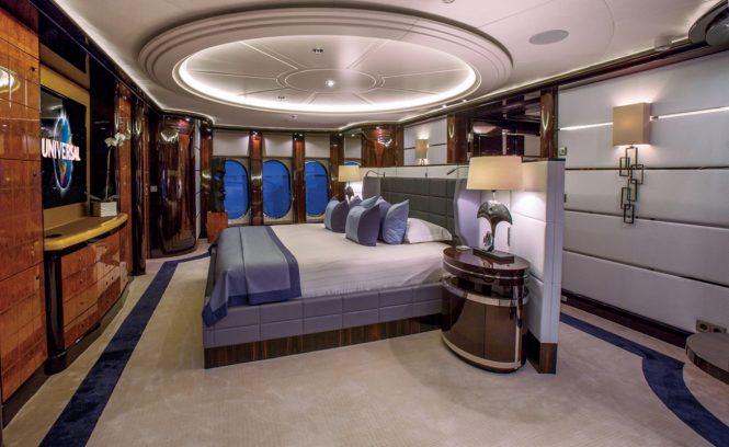 Superyacht DREAM - Master suite