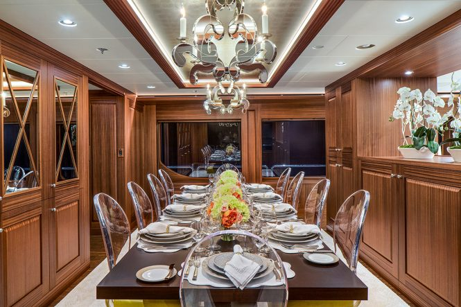 Superyacht ENDLESS SUMMER - Formal dining room