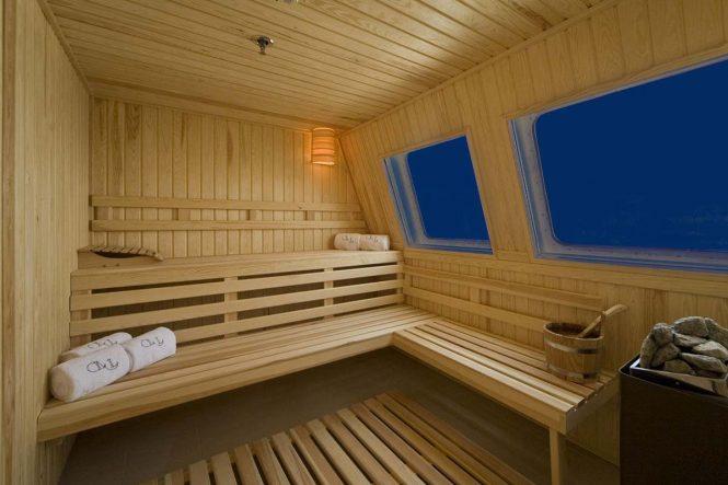 Superyacht LAUREN L - Sauna