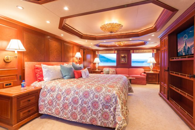 The Master suite aboard motor yacht MIM