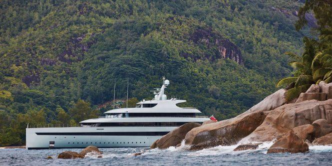 Superyacht SAVANNAH