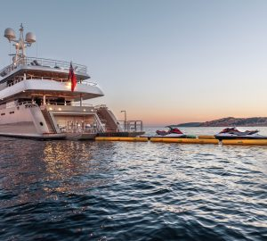 Top Winter Charter Destinations: From Sunny Exotic Escapes to Adventure-filled Superyacht Expeditions