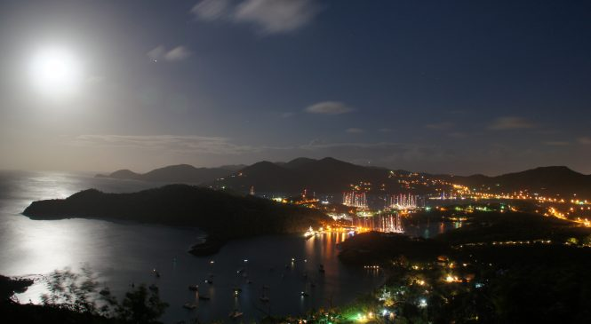 Full Moon Shirley Heights (c) Antigua and Barbuda Tourism Authority