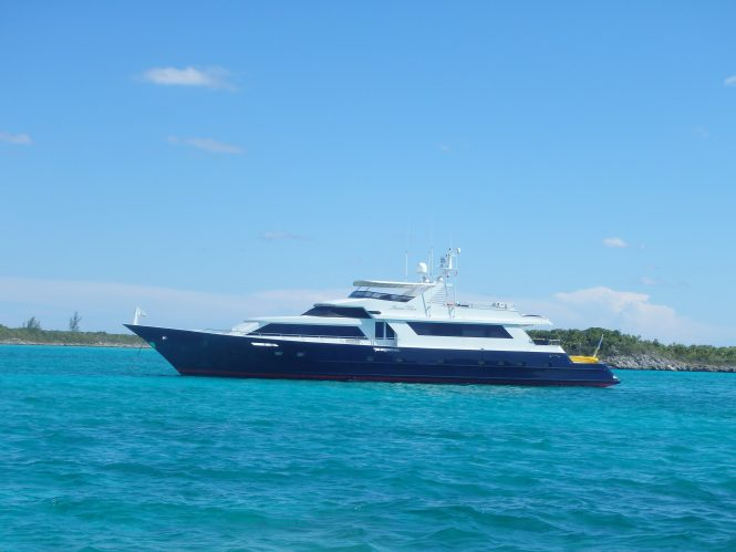 Superyacht Island Time