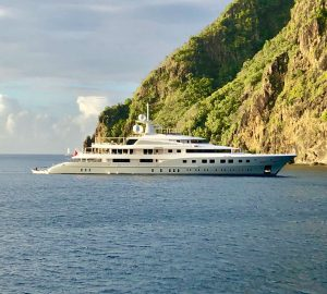 Expert Broker's Opinion: Aboard Axioma in the Grenadines