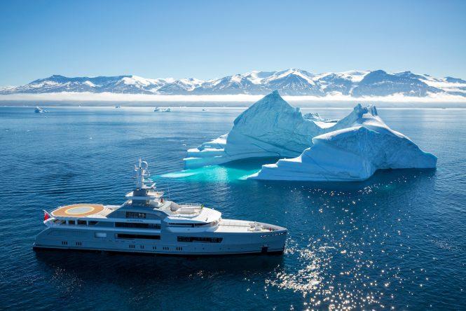 Cloudbreak superyacht