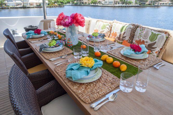 Charisma alfresco dining set up